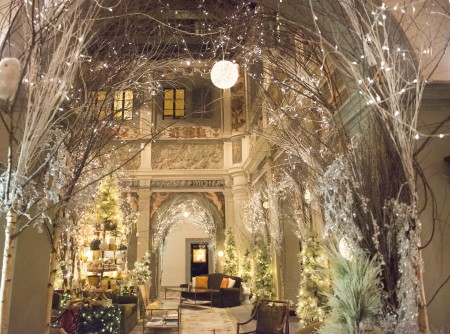 4 seasons holiday decor