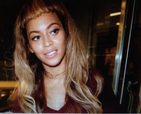 Bey's mommie do and her new bangs...